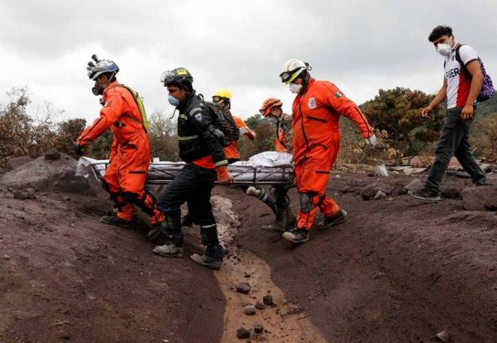 La erupción del volcán dejó al menos 110 muertos. (excelsior.com)