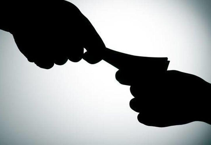 Solo el 26% de los encuestados ha hecho públicas las violaciones a sus sistemas de información.  (telemundo52.com)