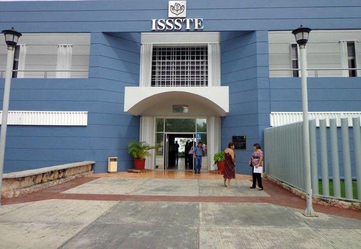 El personal del Issste recibe apoyo para controlar sus emociones y tener una buena salud mental . (Milenio Novedades)