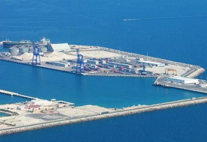 El puerto de Progreso ocupa el segundo lugar a nivel nacional en el consumo de turbosina. (SIPSE)