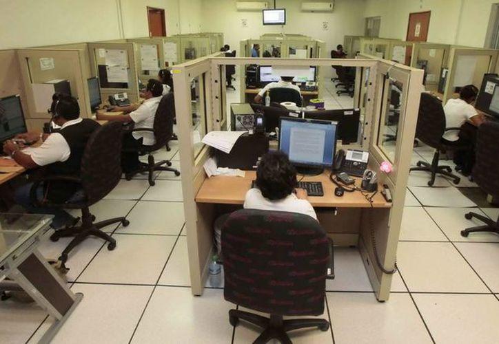 Personal del C-4 cuenta con las habilidades para atender, contener las llamadas registradas, mapear y realizar actividades junto con el personal operativo. (Redacción/SIPSE)