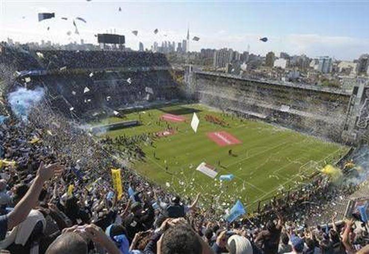 El estadio fue inaugurado en 1940, cuenta con capacidad para 49 mil espectadores. (AP)