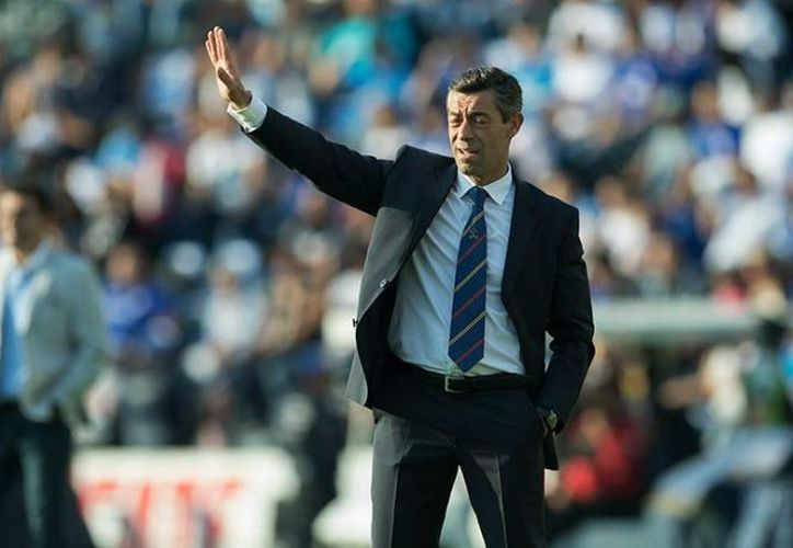 Pedro Caixinha, estratega del Cruz Azul, argumentó que su equipo merecía el empate. (Foto: Mexsport).