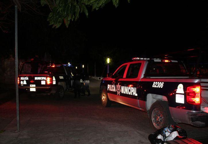 Los Policías Municipales arribaron al sitio, pero no dieron con los responsables del atraco. (Foto: Redacción/Sipse)