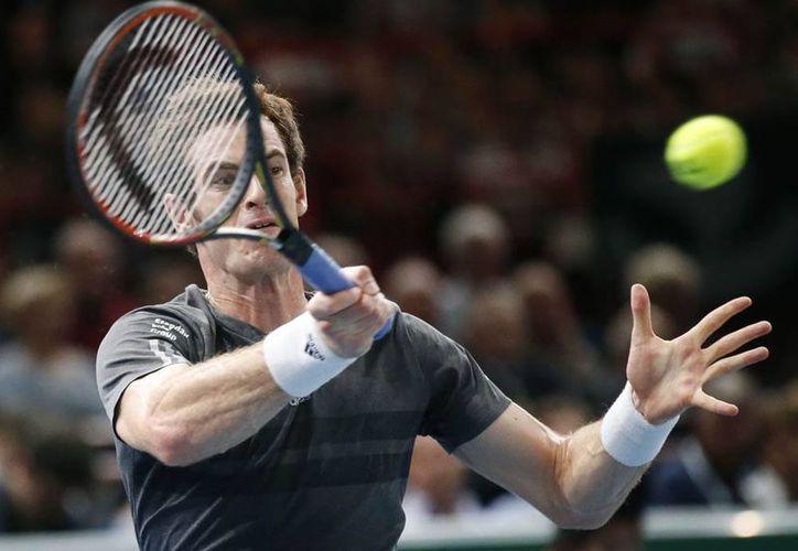 Andy Murray vence 6-3, 6-3 a Grigor Dimitrov en el Másters de París. (AP)
