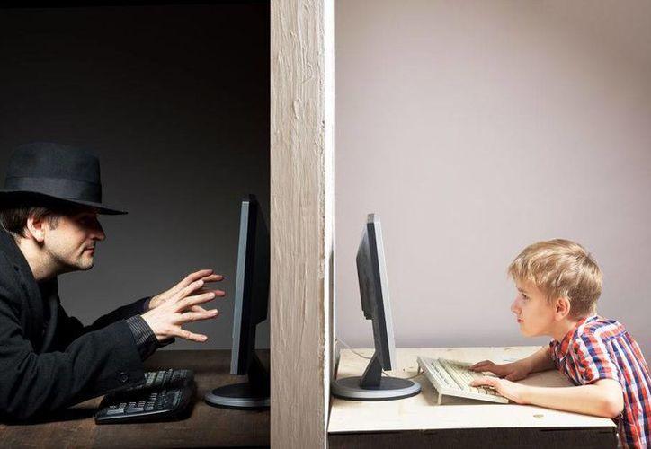 Se le que pide a los papás estar al pendiente de sus hijos y sobretodo denunciar. (www.aulaplaneta.com)