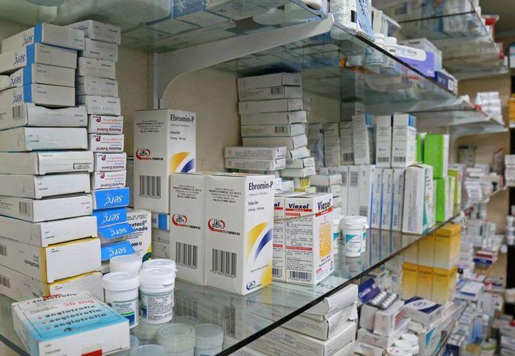 Vigilan el comportamiento comercial de las farmacias. (Jesús Tijerina/SIPSE)