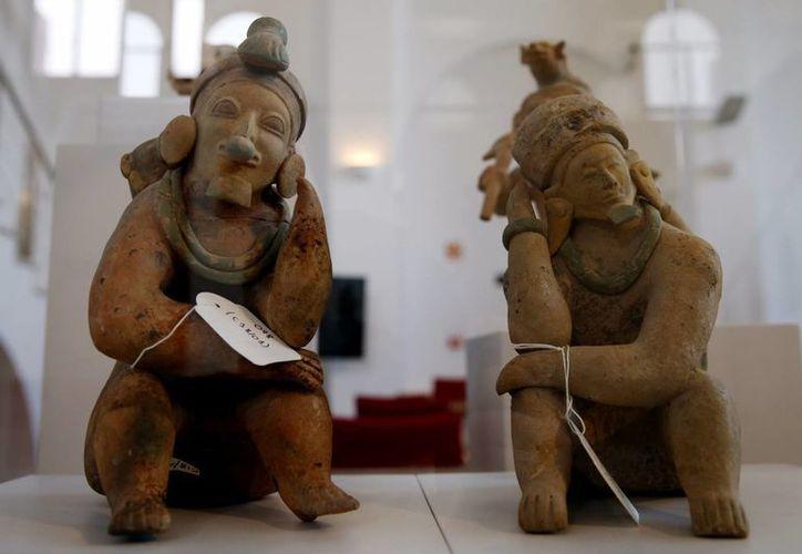 Argentina devolvió a Ecuador un contingente de objetos de gran valor histórico y cultural como vasijas silbadoras, esculturas eróticas, apoyanucas, entre otros. (EFE/Archivo)