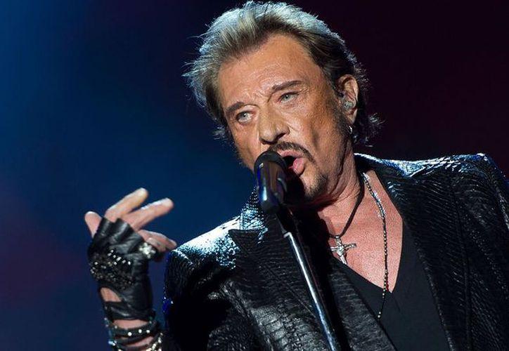 El rockero francés Johnny Hallyday ha muerto a los 74 años a causa de un cáncer de pulmón. (Foto: TN)