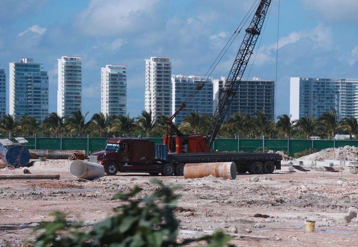 En el lugar también se edificarán apartamentos de lujo. (Luis Soto/SIPSE)