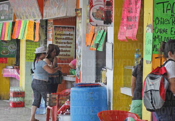 Los comercios de comida son los más propensos a sufrir extorsión. (Jesús Tijerina/SIPSE)