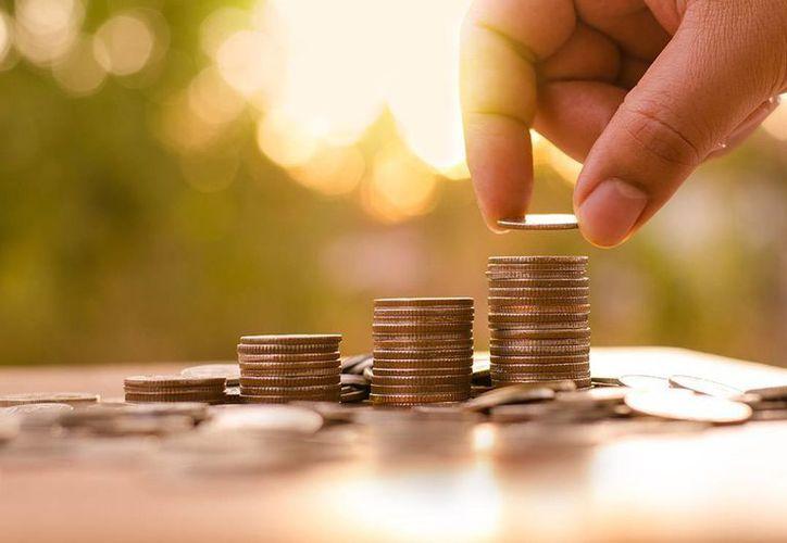 Ahorrar puede ser un verdadero reto, por eso te compartimos una fórmula que te puede ayudar. (SURA Investment Management)