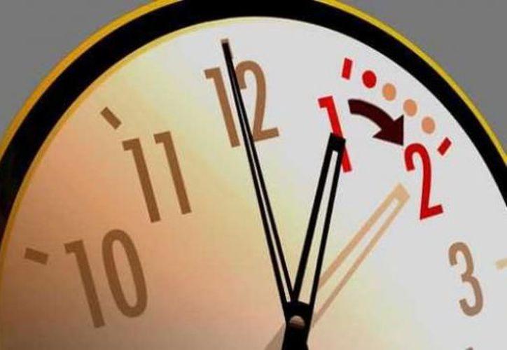 El ahorro por la implementación del Horario de Verano en 2016 se ubica en mil 542 millones de pesos. (Contexto/Internet)