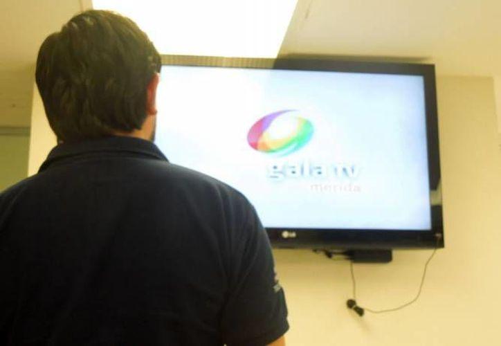 A poco menos de un mes de que se cumpla el plazo para concretar el apagón analógico en todo México, se han entregado 6.1 millones de televisiones. (Archivo/SIPSE)