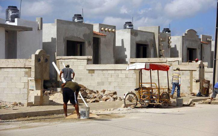 En los últimos cuatro años, más de 300 mil familias yucatecas accedieron a una vivienda digna a través de diferentes subsidios. (SIPSE)