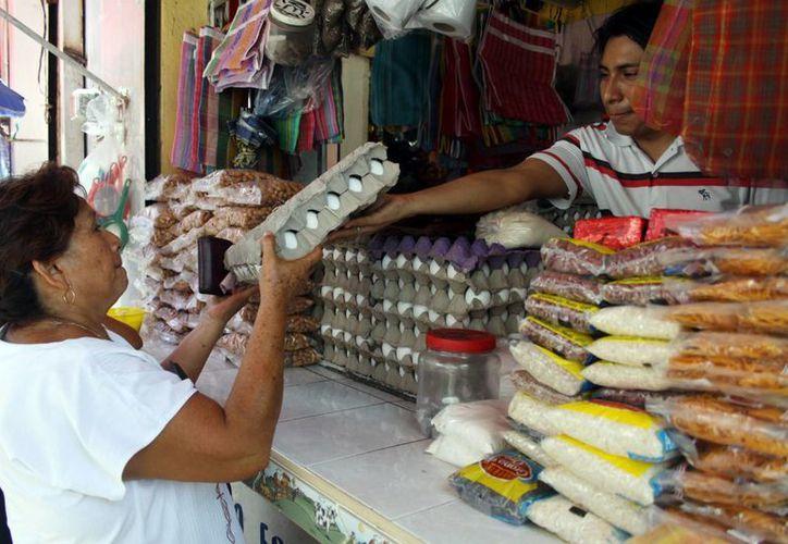 Indican empresarios avícolas que el Estado está abastecido del producto (SIPSE)