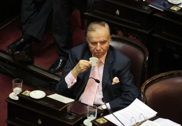 Menem es el primer presidente democrático de Argentina en ser condenado por la justicia. (EFE)