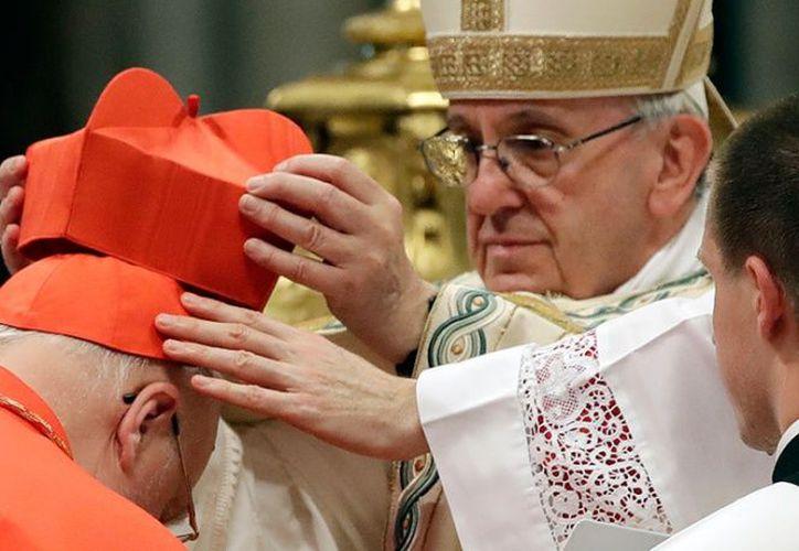 El 18 de marzo de 1999 fue nombrado obispo titular de Voncaria y auxiliar de Morelia. (AP)