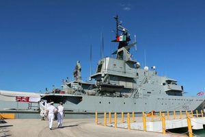 Buque británico visita el puerto de Progreso