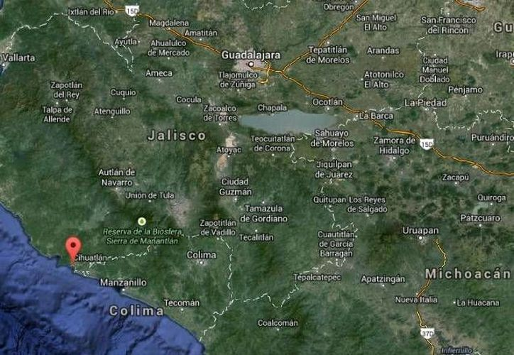 Una tragedia familiar ocurrió al morir un niño en una alberca en un hotel de Melaque, Cihuatlán. (Google Maps)