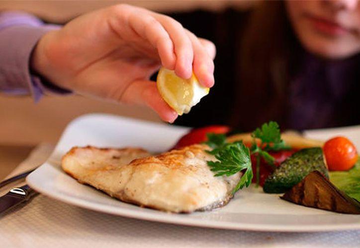 La ingesta de pescados y mariscos ayuda a reducir las enfermedades cardiovasculares. (Sustiempo)