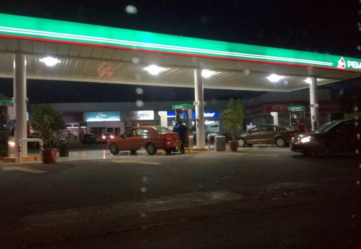 Poco a poco, los precios de los combustibles se han incrementado desde hace algunos días.  (Foto: Milenio Novedades)