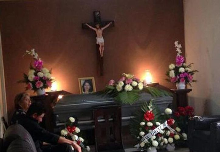 Eva María fue velada 11 años después de morir. (Milenio)