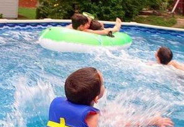 Piscinas son un foco de infección en estas vacaciones. (Foto: Milenio Novedades)