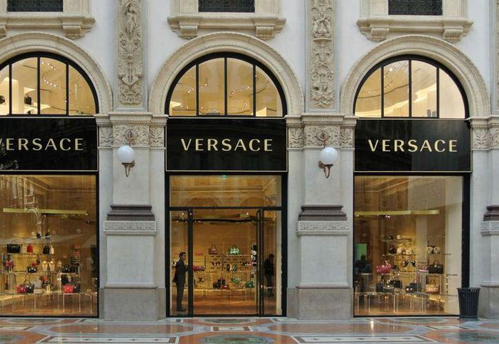 Versace no revela sus detalles financieros. (Milenio)