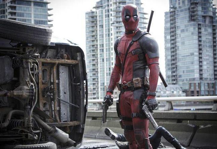 En sus primeros cuatro días en los cines del mundo Deadpool logró recaudar 282 millones de dólares. (Archivo AP)