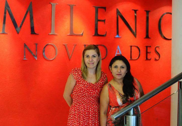 En la foto Sagrario Bargas (fotógrafa) y María Eugenia Victoria Luna, voluntarias de Amanc. (Milenio Novedades)