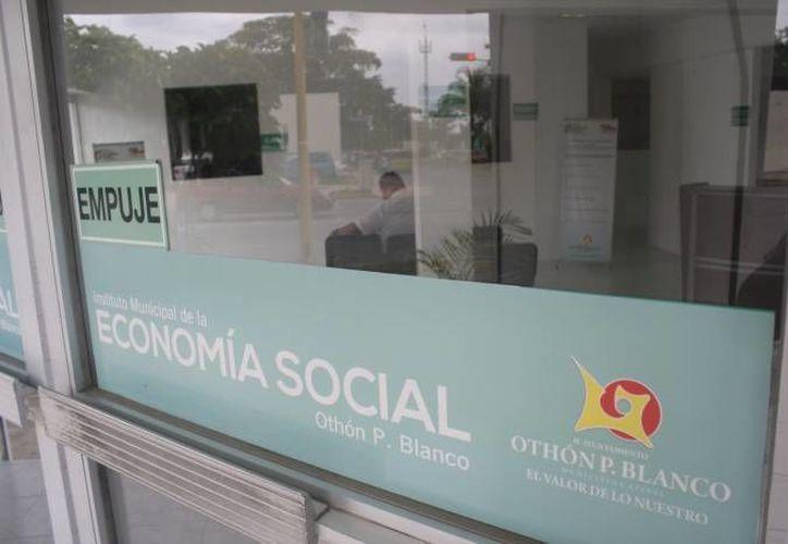 Destaca entre los programas el financiamiento a empresarios, con el cual se ha apoyado a más de tres mil micronegocios. (Harold Alcocer/SIPSE)