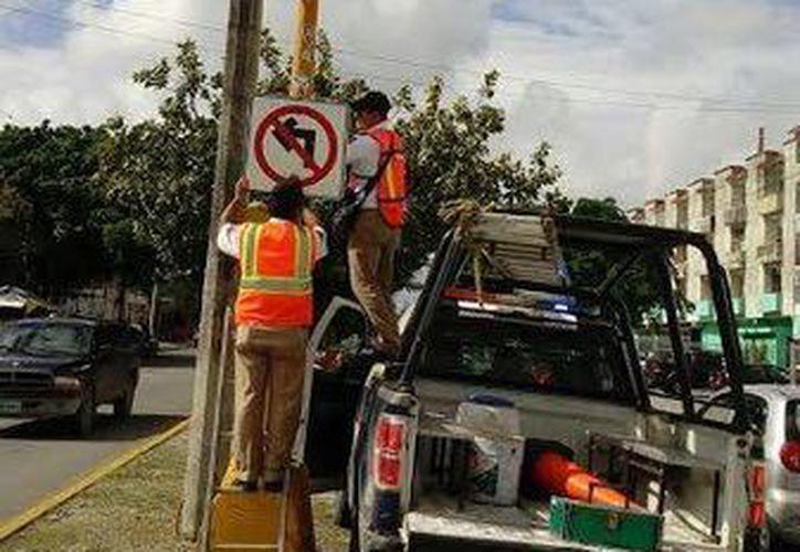 Los semáforos se ubicarán en lugares donde el cruce de vehículos supera los 700. (Redacción/SIPSE)