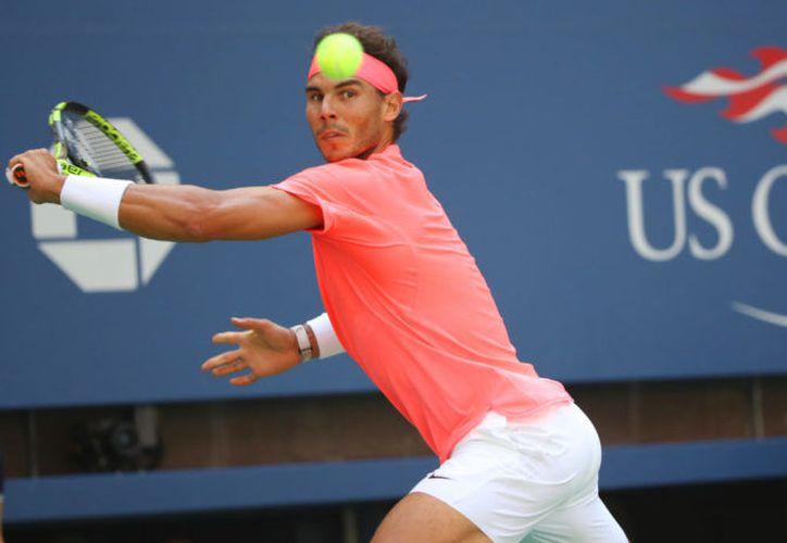 El número 1 del mundo pasa a la segunda ronda en Roland Garros. (Foto: Queerty)