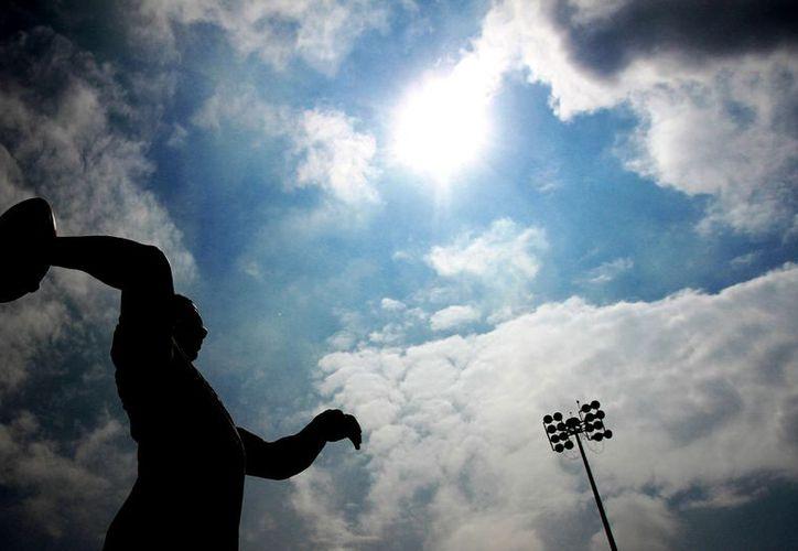 A las Universidades de EU les preocupa que uno de cada cuatro jugadores juveniles consume mariguana. (Foto: Agencias)
