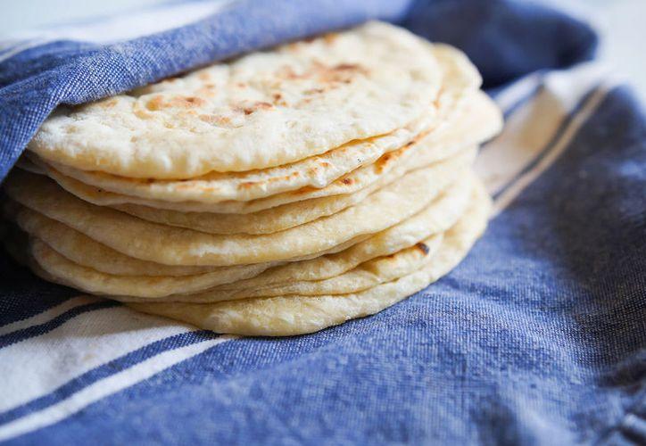 La tortilla tiene un sabor ligeramente dulce y un aroma distinto al de las convencionales. (Contexto)