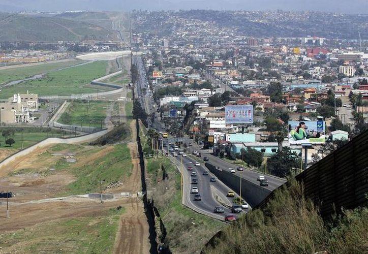 La frontera sur de Estados Unidos, colindante con México se encuentra resguardada por el ejército de Trump. (Contexto/Internet)