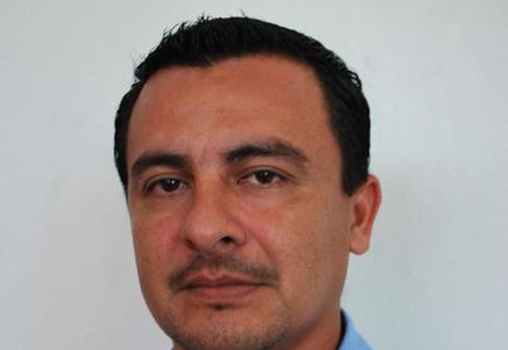 Jorge Rodríguez Choc ha dialogado con los comerciantes. (Redacción/SIPSE)