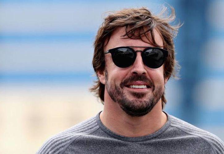 El piloto español Fernando Alonso continuará la siguiente temporada en el equipo McLaren. (Contexto/Internet).