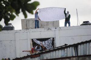 Graves daños y tres detenidos dejó el motín en la Cárcel