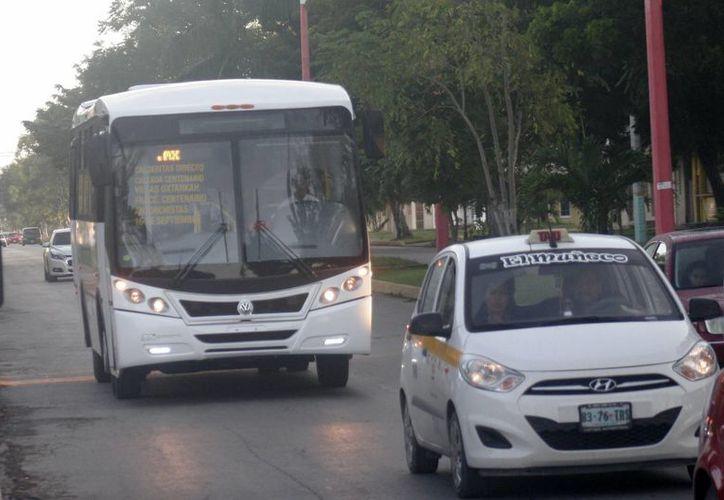 Actualmente la ciudad cuenta solamente con ocho camiones que ofrecen el servicio. (Harold Alcocer/SIPSE)