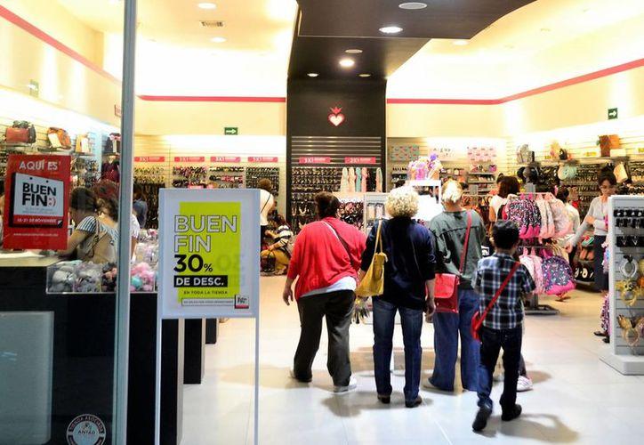 Algunos comercios aumentan sus ventas hasta en 100 por ciento. (Daniel Sandoval/SIPSE)