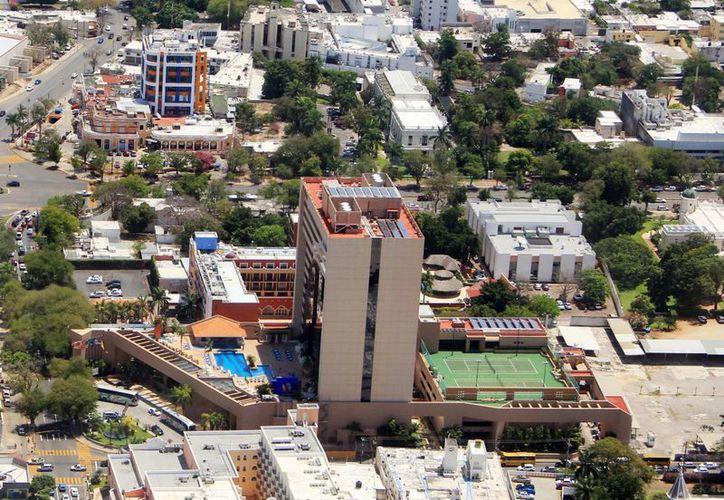 Legisladores federales buscan más recursos para Yucatán. Imagen aérea de la zona hotelera de Mérida. (Milenio Novedades)
