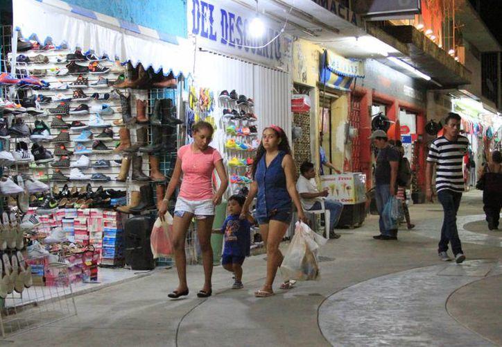 Emprendedores y empresarios podrán verse beneficiados por el Fondo Fronteras para Quintana Roo en 2016. (Ángel Castilla/SIPSE)