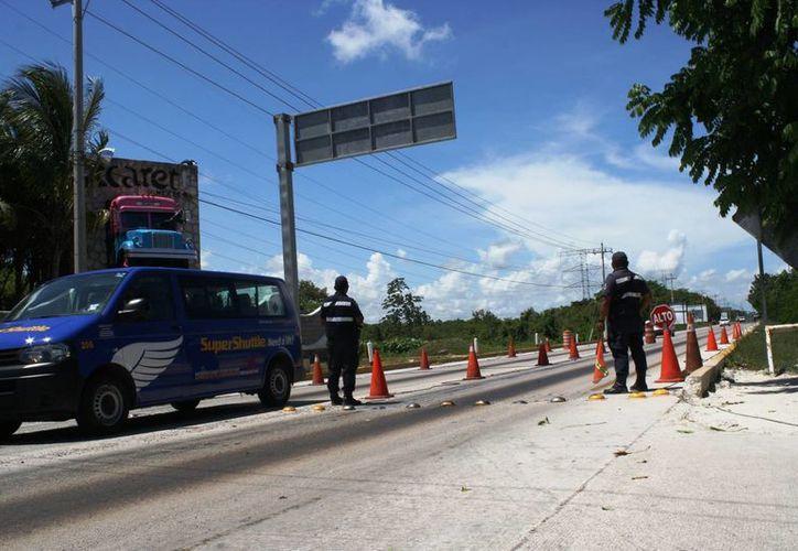 La Policía local se ha sumado a la búsqueda de 'El Chapo' Guzmán. (Octavio Martínez/SIPSE)