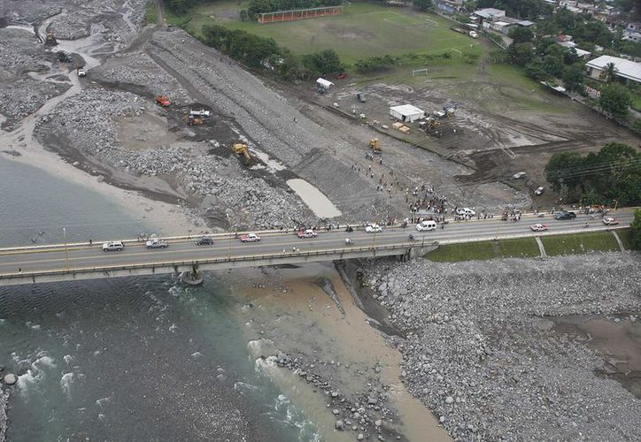 Los dos nuevos puentes estarán ubicados en el municipio de General Bravo, Nuevo León. (Notimex/Foto de contexto)