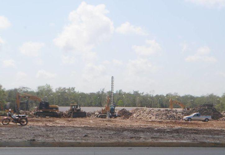 Aspecto de la construcción en el fraccionamiento Villas del Sol. (Yenny Gaona/SIPSE)