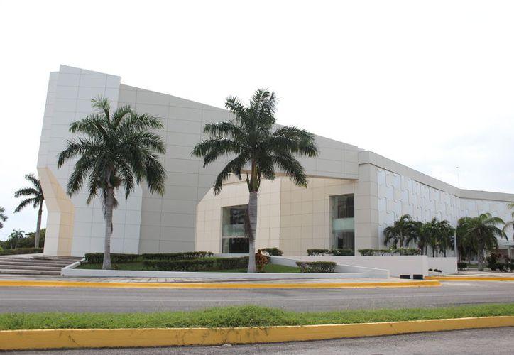 Indican que hay empresas interesadas en la concesión de los centros de convenciones. (Daniel Tejada/SIPSE)