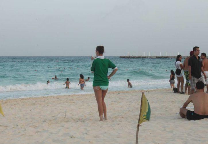 Además de la seguridad que ofrecen y las bellezas naturales, garantizan playas limpias para todos nuestros visitantes. (Carlos Calzado/SIPSE)