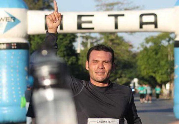Enrique Cerón (foto) fue el ganador seguido de Dino Castro y José Carlos Canché en la categoría libre varonil. (Milenio Novedades)